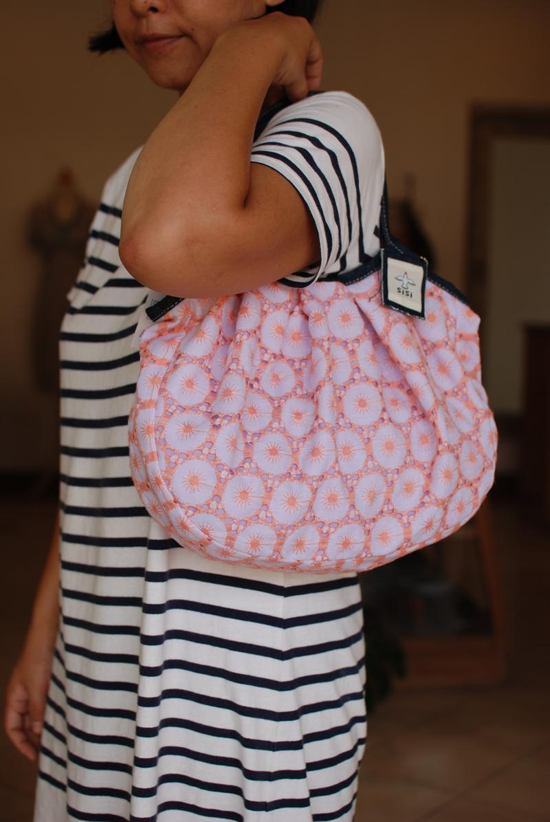 丸刺繍ピンク